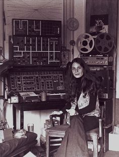 Hunger Games (the movie) has 1970s electronic music composed by this woman, Laurie Spiegel.