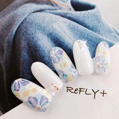 ネイル 画像 NailSalon ReFLY+ 苫小牧 877416 白 たらしこみ 春 ソフトジェル ハンド