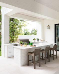 Small Outdoor Kitchens, Modern Outdoor Kitchen, Outdoor Sinks, Outdoor Kitchen Bars, Backyard Kitchen, Summer Kitchen, Indoor Outdoor Living, Outdoor Rooms, Backyard Patio