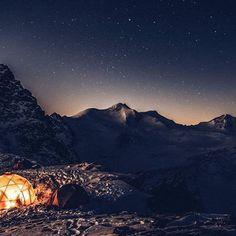 @kaestleski Teambuilding am Dach Tirols #kaestle #pitztalergletscher #pitztal #dachtirols #teambuilding #tyrol #austria Mount Everest, Skiing, Photo And Video, Mountains, Nature, Travel, Instagram, Women, Naturaleza