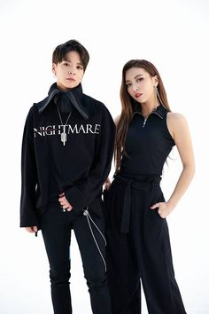 f(x)'s Amber and Luna to kick off SM Station in 2018 SM Entertainment just announced that the first artists to release a track for SM STATION in 2018 are f(x)'s Amber&Luna!  [Related article: SM St...  #Amber #F(x) #Lower #Luna #SMStation
