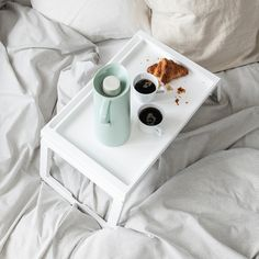 Foldable legs make the bed tray easy to store without taking up extra space. You can stand your tablet or book securely in the groove. Charging your tablet is simple, as the bed tray has a hole for the cable. Modern Decorative Objects, Recycling Facility, Bed Tray, Dorm Essentials, Polypropylene Plastic, Girl Bedroom Designs, Room Planning, Tray Decor, Furniture