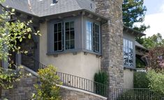 ES_Limestone_York_ext_chimney-Francis-Garcia-Architect