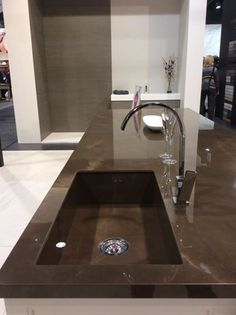 Stunning #Neolith #kitchen #countertop done with Pulpis in Polished finish, at @KBIS2015 ! Visit us in Booth N-1343.