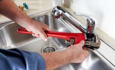 You can get the greatest plumbing services with a good plumber. Choosing the right plumber will provide you peace of mind and fixing your plumbing problems will remove anxiety. Here are some tips to help you choose a plumber. Plumbers Near Me, Local Plumbers, Sushi Box, Home Renovation, Calgary, Tenerife, Types Of Plumbing, Plumbing Drains, Bathroom Plumbing