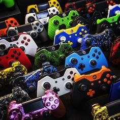 #TeamSCUF #GIVEAWAY  To enter follow the steps below for a chance to win your choice of any #SCUF controller!  Step 1: LIKE this post. Step 2: FOLLOW ScufGaming on IG. Step 3: TAG 5 people you think would like Scuf Gaming controllers.  Step 4: COMMENT #TeamSCUF when done!  Winner picked Friday! 20k likes and we will pick two winners.