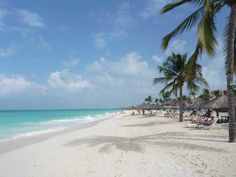 Aruba's stunning white sand beaches have coral to thank. (Jenn Kennedy photo / www.kennedypix.com)