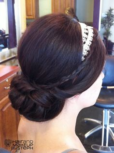 simple updo   blog.hairandmakeupbysteph.com
