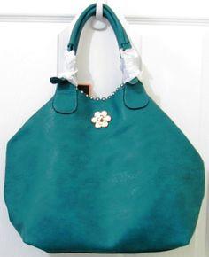 Bolsos para Dama en El Salvador. Visita nuestra página web www.trendy-bags.com y adquiere el bolso de tu preferencia.  Las entregas las realizamos a través de Aeroflash a tu domicilio u oficina