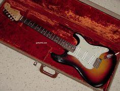 1962 Fender Stratocaster guitar 62 Fender Strat guitar collector info vintage pre-CBS