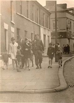 02c8ab3f10 The early days! laweless elf .troubles · BROADWAY PICTURE HOUSE FALLS ROAD Belfast  Northern Ireland ...