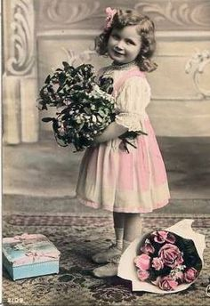 bumble button: Early Pretty little girls from Antique tinted photographs.Bird cages, grapes, bunches of flowers and a parasol are featured Éphémères Vintage, Images Vintage, Vintage Ephemera, Vintage Girls, Vintage Pictures, Vintage Photographs, Vintage Beauty, Vintage Postcards, Vintage Prints