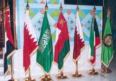 صندوق النقد يتوقع انخفاض النمو غير النفطي في الخليج إلى 2% - توقع صندوق النقد الدولي انخفاض متوسط النمو غير النفطي لاقتصادات دول مجلس التعاون الخليجي إلى 1.75% في 2016 مع تشديد السياسة المالية العامة وتناقص السيولة في القطاع المالي وذلك مقارنة مع نمو بنسبة 3.75% العام الماضي. وتوقع الصندوق في تقرير حول آفاق النمو في منطقة الشرق الأوسط ووسط آسيا أن يتحسن النمو غير النفطي في مجلس التعاون الخليجي إلى 3% في العام القادم مع انخفاض وتيرة التقشف المالي. وتعتمد دول التعاون الخليجي بشكل رئيسي على…