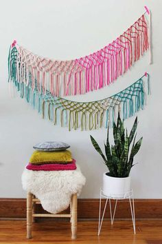 Macrame yarn garland | - Tinyme Blog