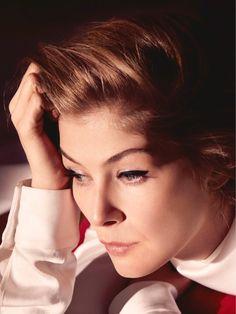 Розамунд Пайк на обложке Dior Magazine (Интернет-журнал ETODAY) Rosemund  Pike, Mary 14ede0e05af
