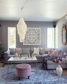 room inspiration and white living room living room decor and white living room living room ideas room mirror decor room pictures for wall living room Home Living Room, Living Room Color, Apartment Living Room, Home Decor, Apartment Decor, Room Decor, Interior Design Living Room, Living Room Decor Cozy, Rugs In Living Room