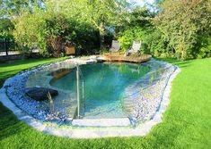 Weekend in your own swimming pool Backyard Pool Designs, Small Backyard Patio, Ponds Backyard, Backyard Landscaping, Backyard Ideas, Natural Swimming Ponds, Swimming Pools Backyard, Lap Pools, Indoor Pools