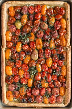 Roasted heirloom tomatoes, creamy cheese & fresh herbs fill this flaky puff pastry tomato tart, making it a rustic & elegant addition to brunch or dinner. Tomato Tart Puff Pastry, Tomato Tart Recipe, Tart Pastry, Cherry Tomato Recipes, Choux Pastry, Pastry Shop, Clafoutis Recipes, Tart Recipes, Salad Recipes