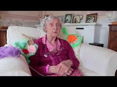 104 year old yarn bomber is World's oldest street artist - YouTube