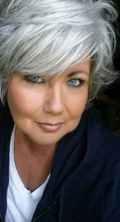Trendy Silver Hair Color Highlights Going Gray 59 Ideas Short Hairstyles For Women, Cool Hairstyles, Hairstyles For Fat Faces, Bandana Hairstyles, Silver White Hair, Natural White Hair, Silver Hair Dye, Silver Grey Hair Gray Hairstyles, Silver Hair Colors