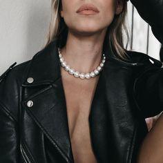 Χειροποίητο Κολιέ Jacqueline|3rd Floor Χειροποίητα Κοσμήματα Pearl Necklace, Jewels, Chain, Collection, Fashion, String Of Pearls, Moda, Beaded Necklace, Bijoux