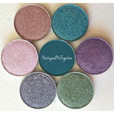 Makeup Geek eyeshadow and foiled eyeshadows swatches & review by Pretty&Put Together.