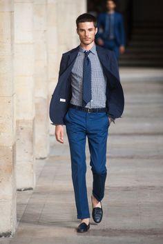 Défile Hermès Paris - Plusieurs tons bleus