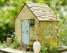Tiny doll house
