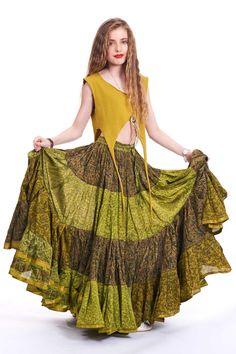 FALDA de gitana BOHO, vintage verde reciclado falda de la sari, seda falda festival bellydance, tribal fusión ropa, falda de gitana largo completo sirena de AltshopUK en Etsy https://www.etsy.com/es/listing/386109504/falda-de-gitana-boho-vintage-verde