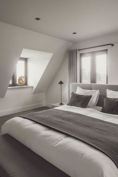 😙 Explore Unique Loft Tiny Bedroom Inspiration That Will Give You Extra Floor Space 🔑 Small Room Decor, Small Room Bedroom, Dream Bedroom, Home Bedroom, Master Bedroom, Bedroom Decor, Small Rooms, Small Spaces, Loft Room