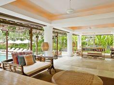 Enjoy the open air pool bar at Uma by COMO, Ubud. #Bali #COMOhotels