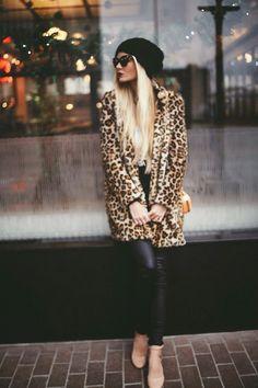 Fashion Dupes raccoglie le ultime novità della stagione autunno-inverno 2014-2015 della #streetfashion milanese. Scopri le #pellicce della nuova collezione #sheri -> www.sheri.it #street #style #fur #fashion #blog #mink #chinchilla #murmasky #sealskin #collection #trend #milan