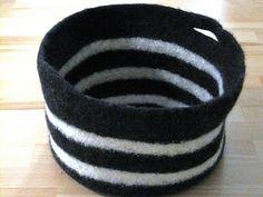 Strick-Filz-Korb -- Bild