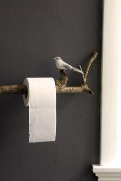 Des arbres et des oiseaux aux toilettes ! C'est l'idée déco du dimanche !