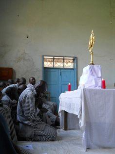Adoración Eucarística en Kamiti Prisión de máxima seguridad en Nairobi, Kenya