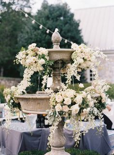 57 Vintage Wedding Ideas for a Timeless Look That'll Forever Be In Style Wedding Table Centres, Wedding Table Settings, Wedding Flower Arrangements, Floral Arrangements, Floral Wedding, Wedding Flowers, Wedding Mood Board, Wedding Show, Dream Wedding