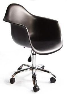 Silla Eames con brazos base ruedas PACC