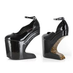 7915e61eaeb4dd 13 Best Shoes to Die For! images