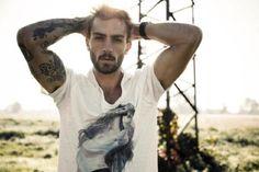 Rafael Lazzini photographed by Dennison Bertram. Beard Tattoo, I Tattoo, Tattoo Pics, Tattoo Ideas, Arm Sleeve, Beautiful Men, Beautiful People, Hello Gorgeous, Inked Men