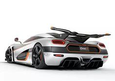 Koenigsegg--hot!