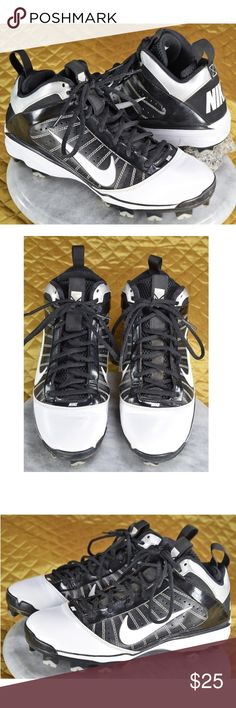 Nike Diamond Elite MCS Black White Baseball Cleats Men's Nike black baseball cleats in excellent condition! 😍 Just some light normal wear!   🌟🌟If you appreciate old school quality - you're in the right place. We don't just sell items, we put time & work into them. We also ship FAST, within 1-2 business days at MOST! Thanks for visiting my Closet! 🌹🌹😊 Nike Shoes Athletic Shoes