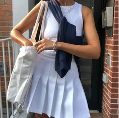 Muse Monday: Michelle Siman - Lisa Says Gah Mode Outfits, Skirt Outfits, Trendy Outfits, Summer Outfits, Fashion Outfits, Prom Outfits, Simple Outfits, Fashion Ideas, Fashion Inspiration