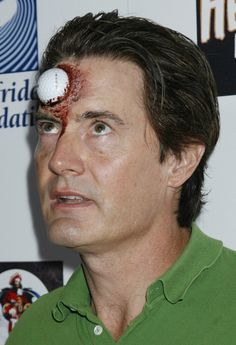 Google Image Result for http://img.ibtimes.com/www/data/images/full/2011/09/18/160903-us-actor-kyle-maclachlan-at-the-8th-annual-heidi-klum-halloween-party-.jpg