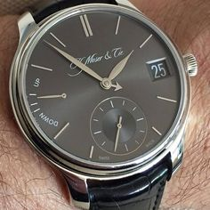 REPOST!!!  Endeavour Perpetual Calendar in Platinum! What a happy owner 👏😂! . . . . . #moserwatches #moser #hmoser #watches  #dailywatch #menswear #watchaddict #watchesofinstagramm #luxury #horophile #menswatches #watchuseek #fancy #instantaneos #style #veryrare #purity #fumedial #art #mosermonday #fuméfriday #watchporn #veryrare #tourbillon #followus  #perpetualcalender  Photo Credit: Instagram ID @tobias.gruenenwald