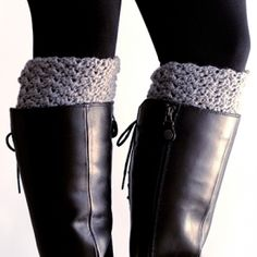 Crochet these easy reversible boot cuffs and get the cute chunky sock look, without having the bulk in your boots. Free pattern included.