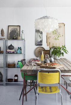 table à dîner, table de salon, ambiance vintage, bohème