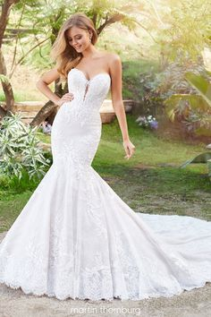 A beautiful collection of designer wedding dresses, find a bridal shop near you and find your perfect gown Wedding Dresses Photos, Designer Wedding Dresses, Bridal Dresses, Outdoor Wedding Dress, Lace Wedding, Glamorous Wedding, Mermaid Dresses, Dress Collection, Chapel Train