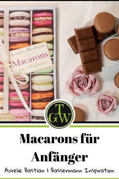 Macarons für Anfänger ist ein Rezeptbuch speziell zum Backen von Macarons. Auf eine Basisanleitung folgen viele unterschiedliche Rezepte in zahlreichen Geschmacksrichtungen. Buchvorstellung! #macarons #macaronsfüranfänger #aurelie #bastian #buchvorstellung #buchrezension #backbuch Macarons, Kakao, Creme, Great Books, Book Presentation, Cake Shop, Almonds, Baking, Rezepte