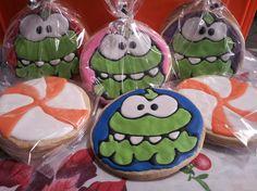 Galletas decoradas de de Om Nom, Cut the rope decorated cookies