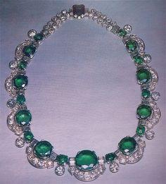 #Cartier emerald and diamond necklace
